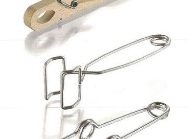 13-Pinza madera y metálica para tubo de ensayo